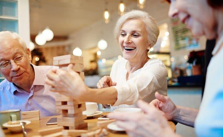 éviter surendettement retraite